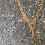 Novacolor: Archi+ Pietra Intonaco met Metallo Fuso brons ader