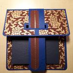 O 4 Die Taschenkarte  auch für den Herren - Grand mit handgeschöpftem ind. Papier und passendem festen Umschlag 8,00 €