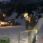 Winterwanderwege Müllkübel, Hundesackspender aufstellen