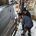 Netz montieren Haus des Kindes für Skikinderkarten
