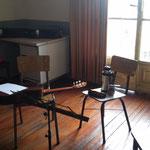 Escuela de música de la UNR. Aula 19, mi espacio de trabajo de los martes.