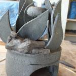 Sculpture Caco sur Brûle-parfum Sylvie Ruiz - grès cru -