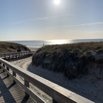 """unser"" Strandaufgang an der Nordseeklinik im Winter"