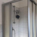 Etagenbad Dusche