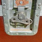 Case 06 Verschluss rechts
