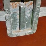 Case 13 Scharniere hinten rechts