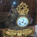 Pendule ancienne en régule XIXe