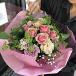 送別会のブーケ。5,000円税別の花束。