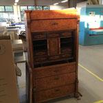 Möbelstück Sekretär Restaurationsbedürftig Tischlerei Gränz Innenausbau (Foto: Gränz Innenausbau)