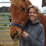 Nina Zulliger bietet Pferdegestütztes Coaching auf dem Hof in Madiswil BE an.