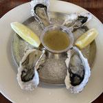 Austern mit Tabasco und Zitrone? Lugner lässt grüßen