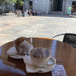 Frühstück und der beste Cappuccino der Stadt