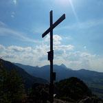 Gipfelkreuz des Maisenkögerls