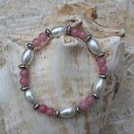 Perlenarmband Perlenarmkette Armband Armkette Elast Aliki  mit ovalen weissen Glanzperlen, 6mm rosa Glasperlen & Acryl Blumen Perlen