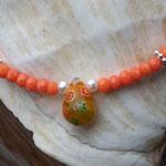 Perlenhalskette Kinderhalskette Kinder Mädchen Halskette Kassandra mit facettierten orangen Jade Glasperlen, silbernen Blumenrondellen, Mille Fiori Glasperle gelb orange