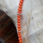 Kinderhalskette Mädchen Halskette Kassandra mit facettierten orangen Jade Glasperlen, silbernen Blumenrondellen, Mille Fiori Glasperle gelb orange