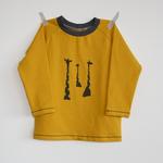 stoffart - giraffen, senf - shirt gr. 86/92