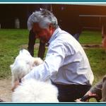 CDU Abgeordneter Dr. Dieter L. Koch mit Hund