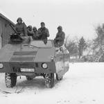 Unterzug im Bauergehöft - Fahrzeug: SPzÜb auf UNIMOG-Fahrgestell.