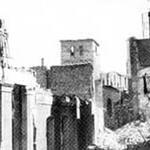 1941 Restos de Ruamayor tras el incendio. Al fondo, la Catedral