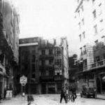 1949 La nueva calle de Juan de Herrera con el tramo de Puerta de la Sierra que sobrevivió al incendio aún cortándola al oeste