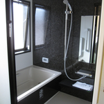 新規ユニットバス★黒を基調としたシックなお風呂になりましたー☆