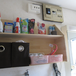 洗面所にこんなちょっとした棚があったらいいのに…というお施主様のお希望をサクッと叶えたミヤモトお手製の棚。