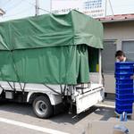 荷物の積込み作業