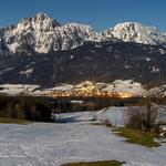 Jechling und Aufham Tal vom Högl aus im Winter, im Hintergrund der Hochstaufen