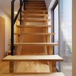 潮見の家・階段