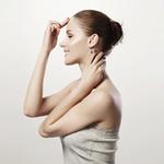 2. Глубина. Расстояние ото лба к затылку по верхней части головы (измеряется от краевой линии роста волос на лбу, через макушку и до краевой линии роста волос на шее).
