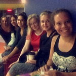 Manon, Nadine, Enni, Katri, Ich, Desirée, Amalie und Mirka im Kino
