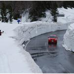⑥小岳を滑り終えて猿倉温泉近くの道路脇に停めておいた車近くに出ようとしているところ。