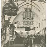 Blick Richtung Orgel und Kanzel