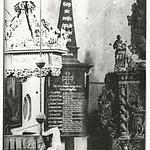 Altar und Gedenkstein, nach dem Wiederaufbau des Kirchenbrandes 1911