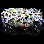 NEWS CUT,  75 x 100 cm / Acrylglas kaschiert, 2012 // Edition von 3 Signiert und Nummeriert