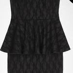 Jacob - robe avec basque et dentelle - 104,30$