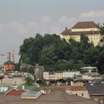 Blick vom Mönchsberg zum Kapuzinerberg