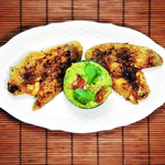 Knusprige Chicken Wings mit Guacamole