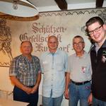 v.l.n.r.: Max Althaus (2. Rang), Erich Baumgartner (1. Rang), Lukas Berger (3. Rang) und Präsident Damian Schlatter