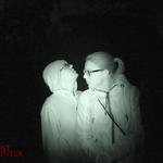 PU-Gäste Sarina und Patrick. Daneben als undeutlicher Schemen wieder Chris. Das sind so Fotos, bei denen man aufpassen muss, niemanden aus dem Team als 'Geist' falsch zu interpretieren. #Ghosthunters #ghosts #paranormal #geister