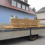 Das Material für den begehbaren Dachboden sowie die Lattung wird geliefert...