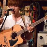 ギターボーカル:よっちゃん 撮影:山口美優
