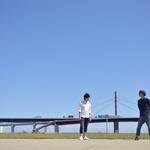 大きな橋の前で撮影 撮影:山口美優