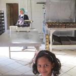 In der Bäckerei wird täglich Brot hergestellt welches dann verkauft wird. Der Erlös dient zum Erwerb von Lebensmitteln zur Versorgung der Bewohner.