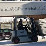 Bühnenteile versorgen am Bauhof