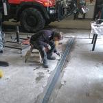 Entwässerungsrinne fertig stellen Bauhof-Werkstatt