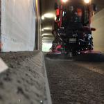 Kehren Oberlech Tunnel, mit Holder C70 SC + Kugelmann Kehrmaschinenaufsatz