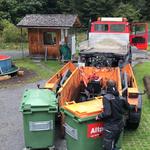 Müll- und Maschinenabholung im Schwimmbad