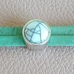 Bracelet en liège vert pâle